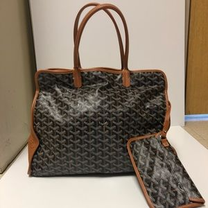 Authentic Goyard Hardy PM❤️❤️ only one on PM